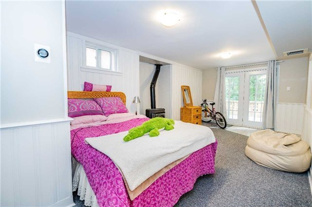 For Sale: 215 Browning Trail, Barrie, ON   3 Bed, 4 Bath House for $600,000. See 18 photos!