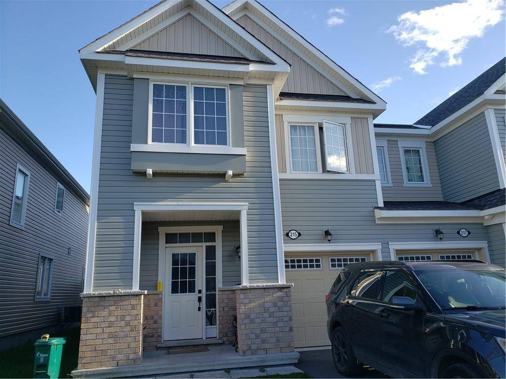 Townhouse for rent at 215 Conifer Creek Cres Ottawa Ontario - MLS: 1171839