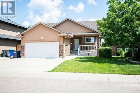 House for sale at 215 Fawcett Cres Saskatoon Saskatchewan - MLS: SK779730