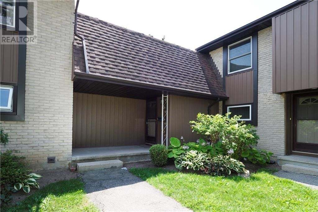 Townhouse for sale at 215 Glamis Rd Cambridge Ontario - MLS: 30823276