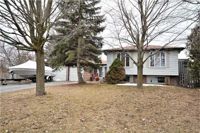 Sold: 215 Hickory Lane, Barrie, ON