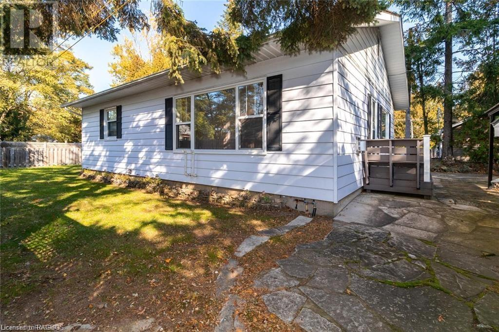 Removed: 215 Lakeshore Boulevard South, Sauble Beach, ON - Removed on 2020-02-27 19:27:03