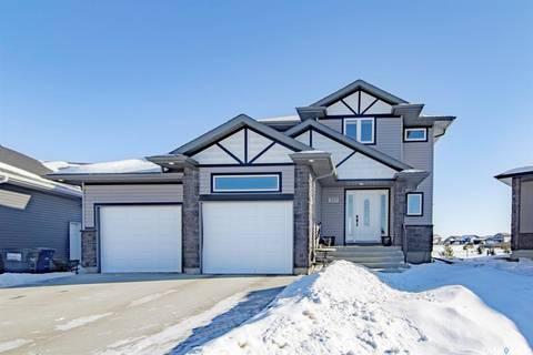 House for sale at 215 Lehrer Pl Saskatoon Saskatchewan - MLS: SK799540