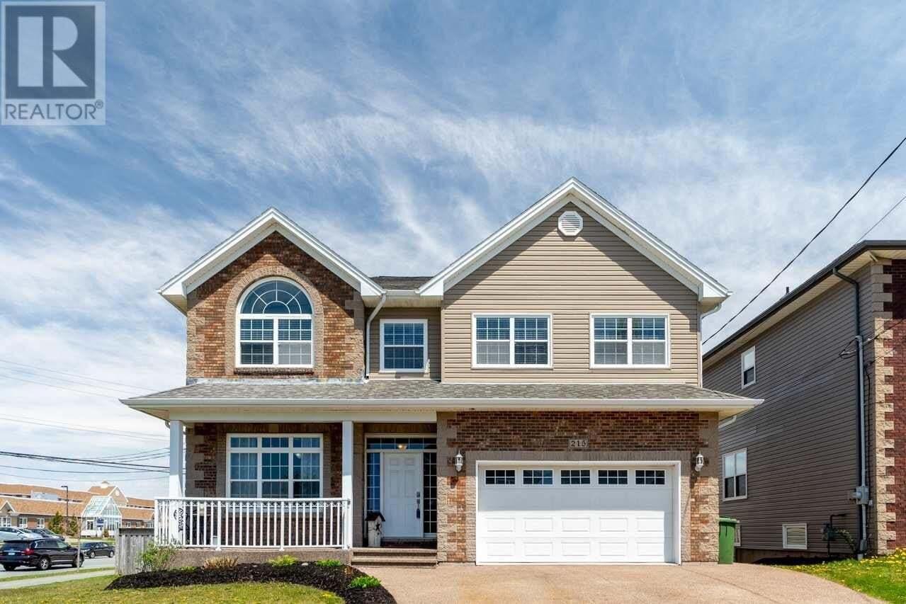 House for sale at 215 Lindenwood Te Dartmouth Nova Scotia - MLS: 202008490