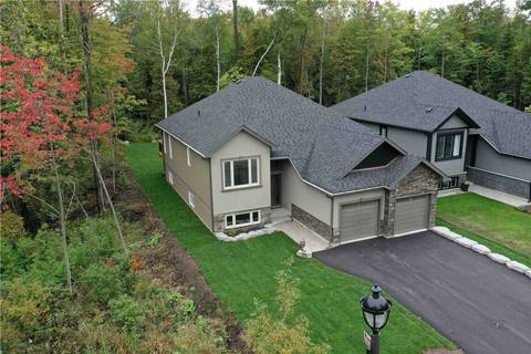 House for sale at 215 Robinson Rd Wasaga Beach Ontario - MLS: S4603320