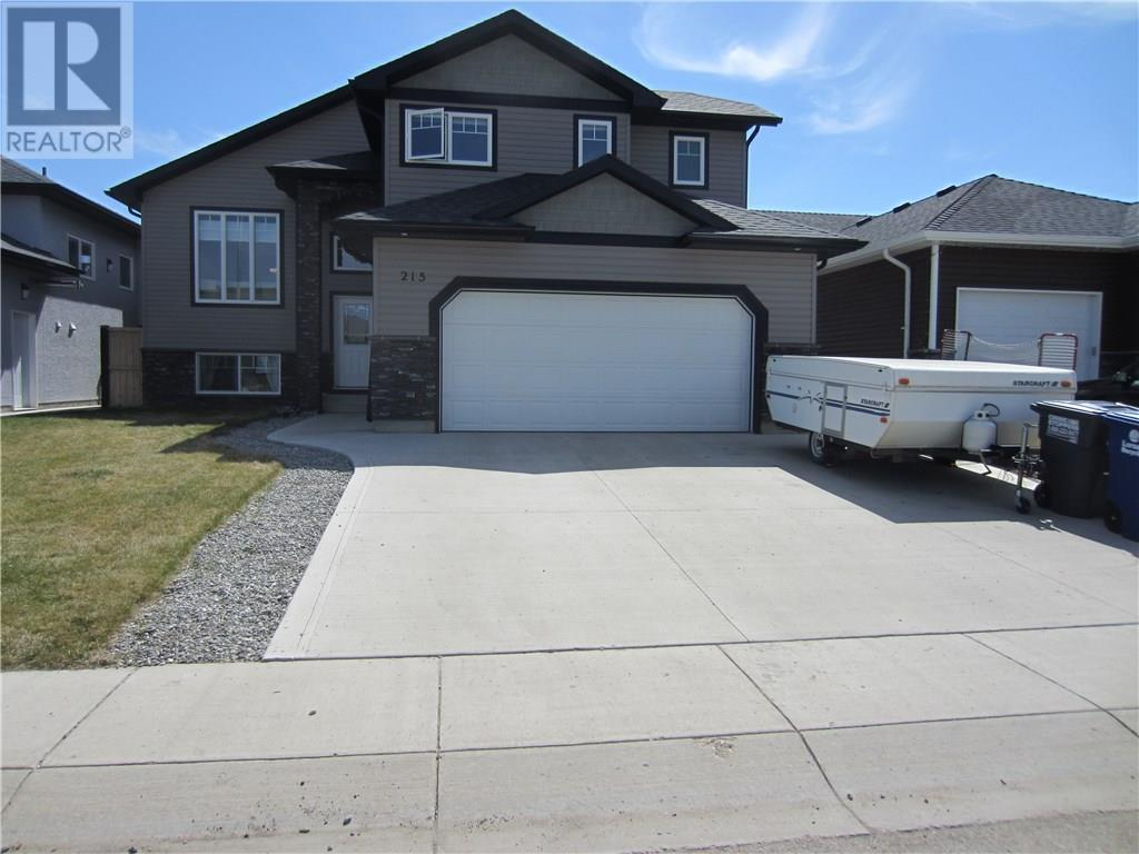 For Sale: 215 Salloum Way, Saskatoon, SK | 4 Bed, 3 Bath House for $474,900. See 26 photos!