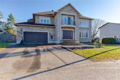 House for sale at 215 Stevenson Cres Renfrew Ontario - MLS: 1218133