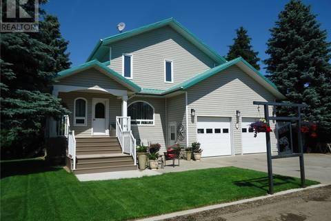 House for sale at 215 Sunset By Estevan Rm No. 5 Saskatchewan - MLS: SK779449