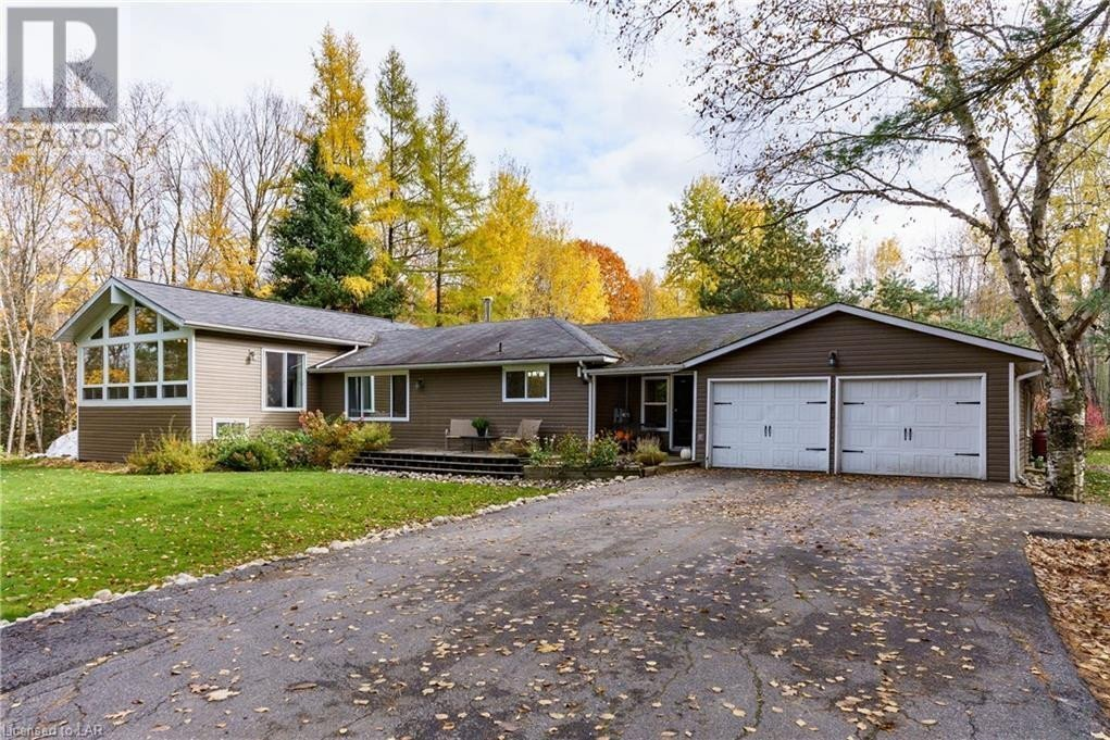 House for sale at 215 West Point Sands Rd Huntsville Ontario - MLS: 40036049