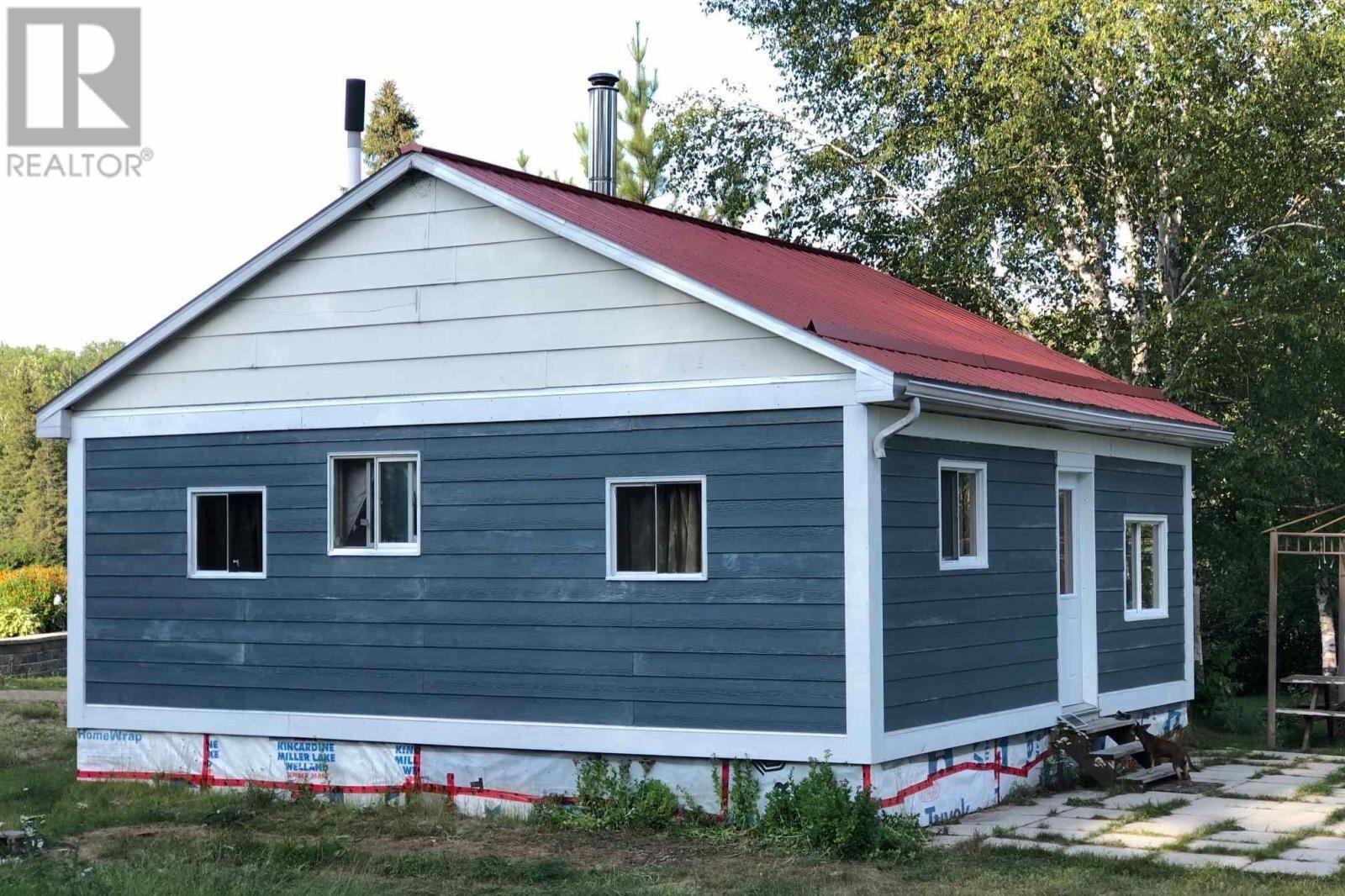 House for sale at 215077 Sharp Lake Rd Temiskaming Shores Ontario - MLS: TM202135