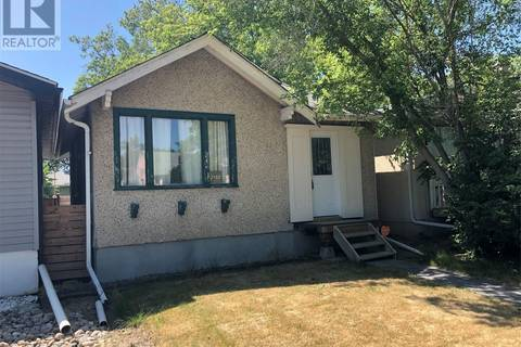 House for sale at 2152 Wascana St Regina Saskatchewan - MLS: SK754562