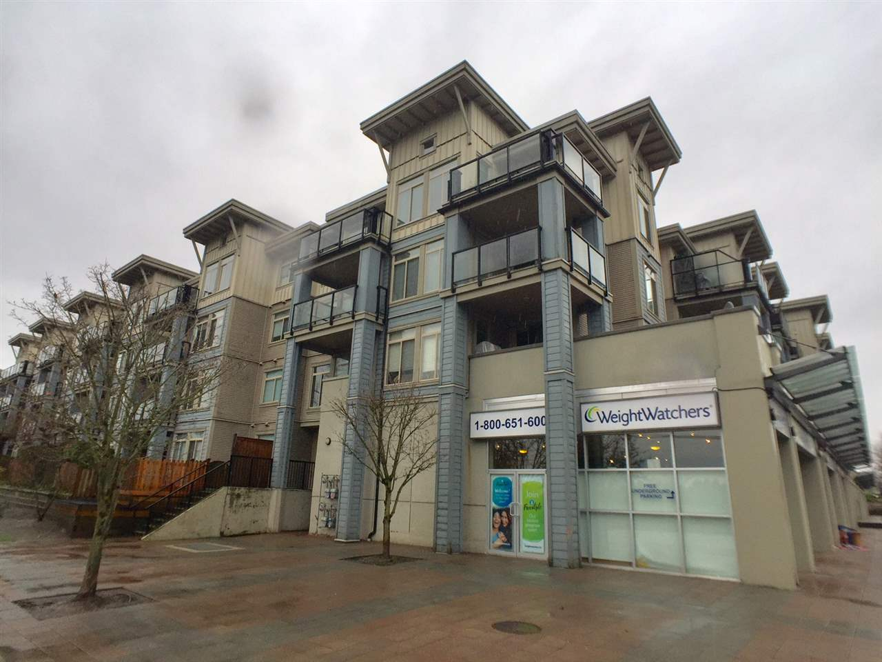 Sold: 216 - 15380 102a Avenue, Surrey, BC