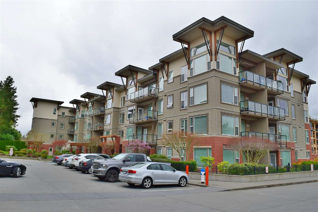 Buliding: 33538 Marshall Road, Abbotsford, BC