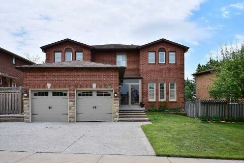 House for sale at 216 Butterfield Cres Vaughan Ontario - MLS: N4782113