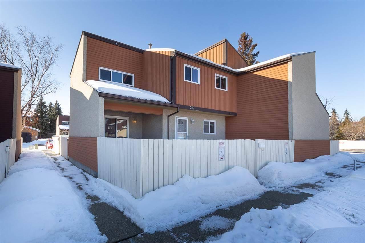 Townhouse for sale at 216 Kaskitayo Ct Nw Edmonton Alberta - MLS: E4190107
