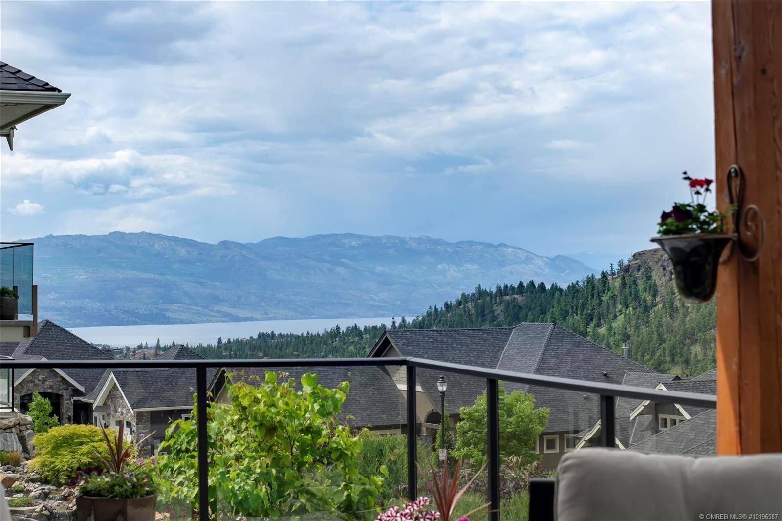 House for sale at 216 Lost Creek Ln Kelowna British Columbia - MLS: 10196587