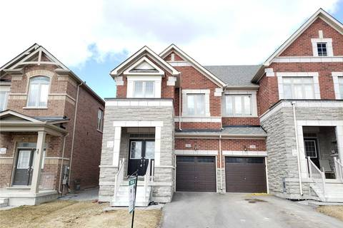 Townhouse for sale at 216 Roy Harper Ave Aurora Ontario - MLS: N4402316