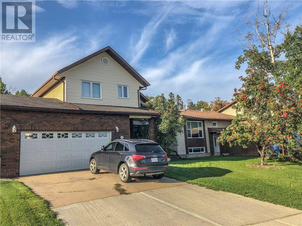 216 Torrie Crescent, Fort Mcmurray | Image 1