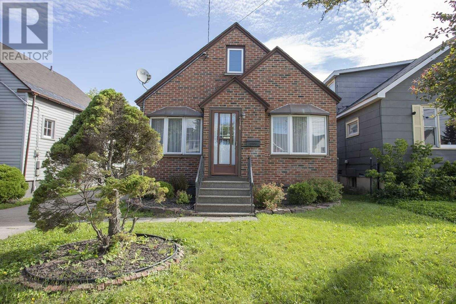 House for sale at 216 Wellington St E Sault Ste. Marie Ontario - MLS: SM129330