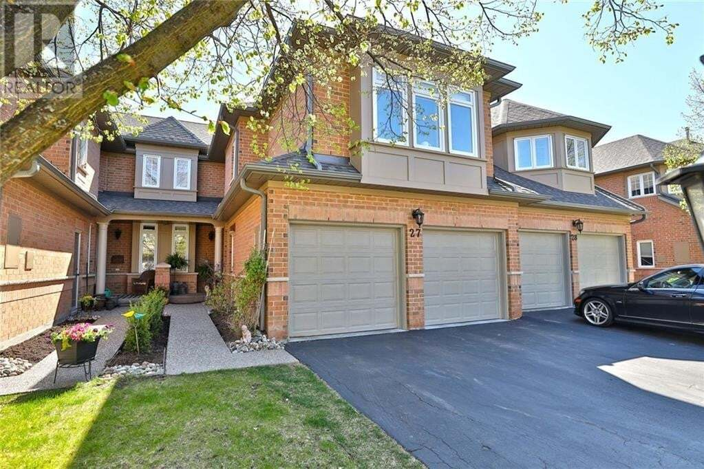 Townhouse for sale at 2165 Country Club Dr Burlington Ontario - MLS: 30806441