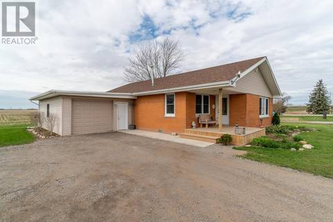 House for sale at 21668 Communication Rd Chatham-kent Ontario - MLS: 19017032