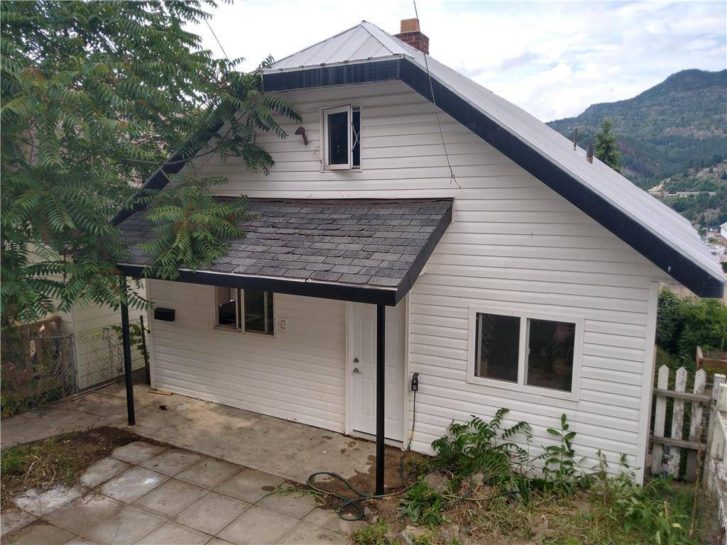House for sale at 2169 Daniel St Trail British Columbia - MLS: 2438876