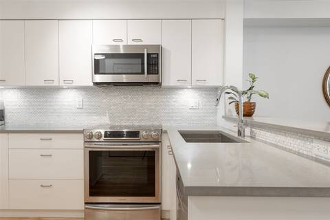 Condo for sale at 15210 Pacific Ave Unit 217 White Rock British Columbia - MLS: R2387856
