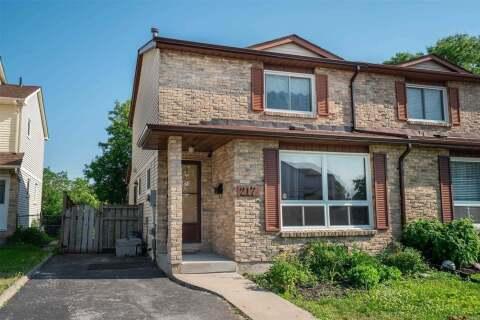 Townhouse for sale at 217 Castlebar Cres Oshawa Ontario - MLS: E4802953