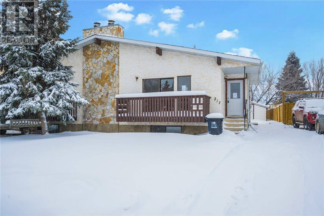Townhouse for sale at 217 Cochrane Cres Fort Mcmurray Alberta - MLS: fm0186228