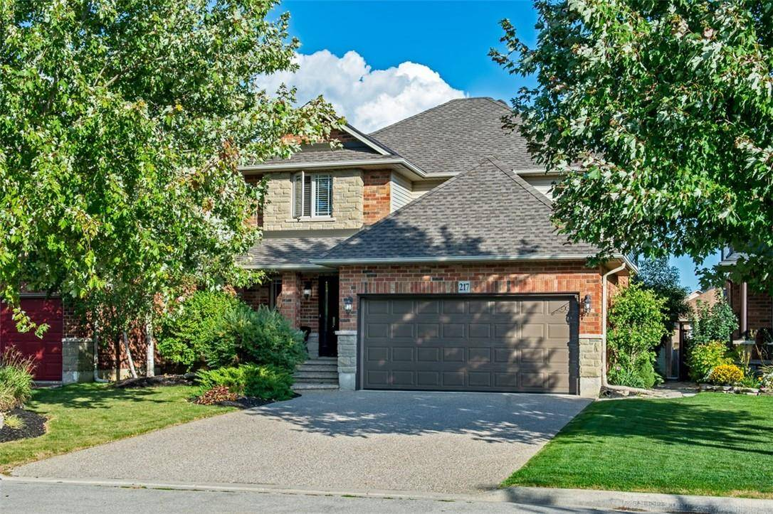 House for sale at 217 Eringate Dr Stoney Creek Ontario - MLS: H4064561