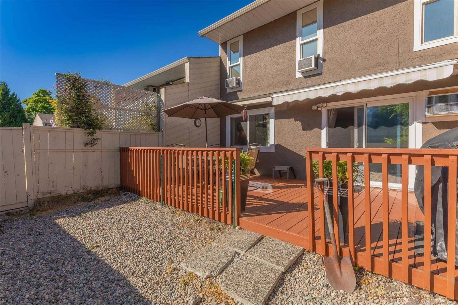 Townhouse for sale at 217 Franklyn Rd Kelowna British Columbia - MLS: 10214433