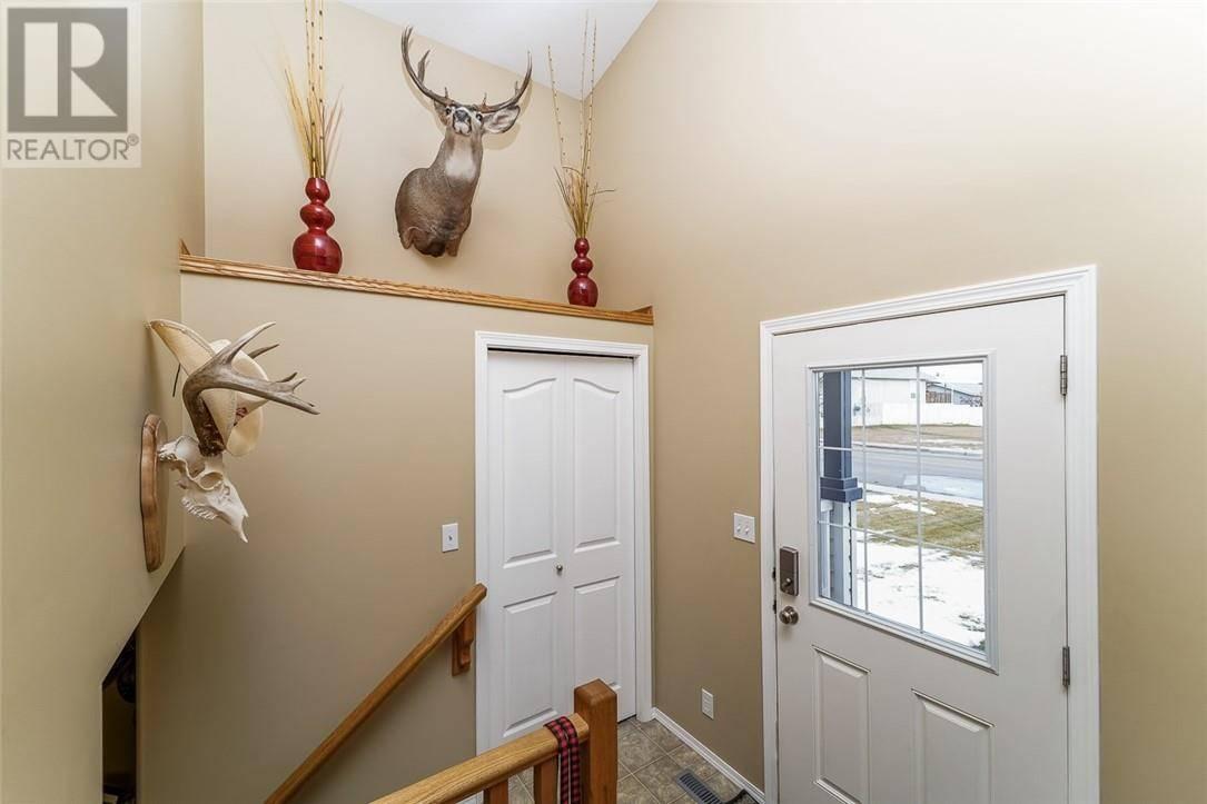217 Kingston Drive, Red Deer | Image 2
