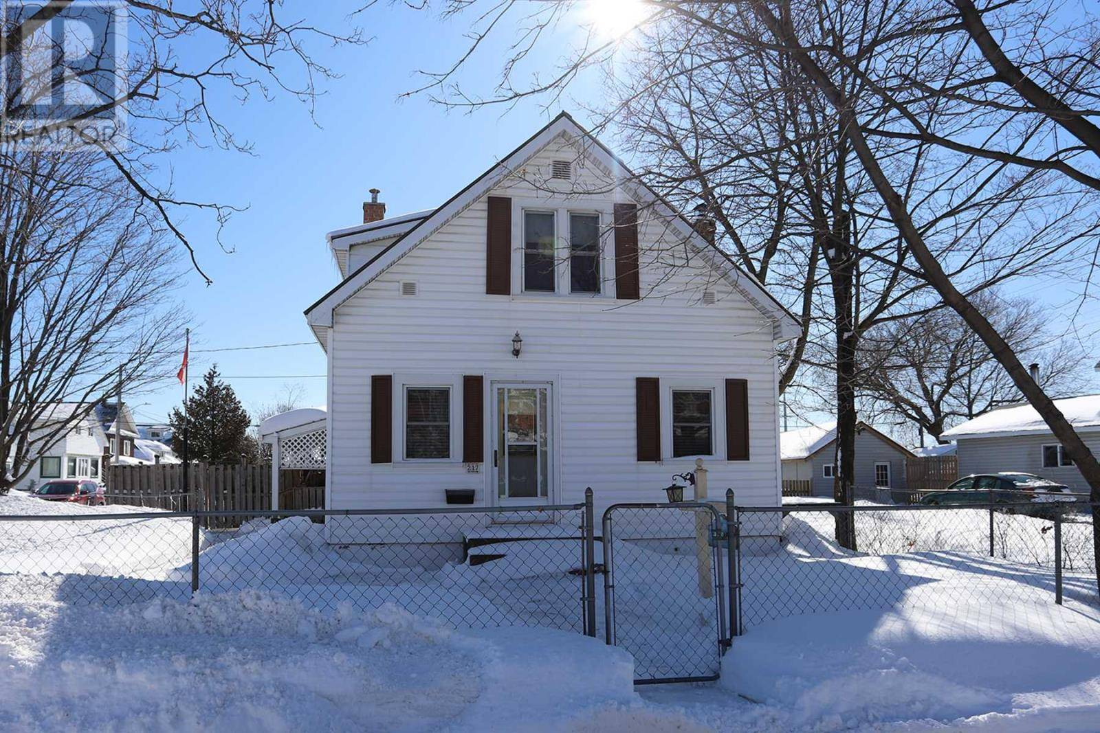 House for sale at 217 St. Georges Ave W Sault Ste. Marie Ontario - MLS: SM128106