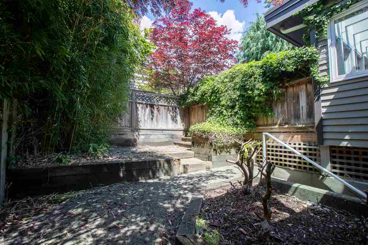 For Sale: 2175 Mathers Avenue, West Vancouver, BC | 5 Bed, 3 Bath House for $2,996,000. See 15 photos!
