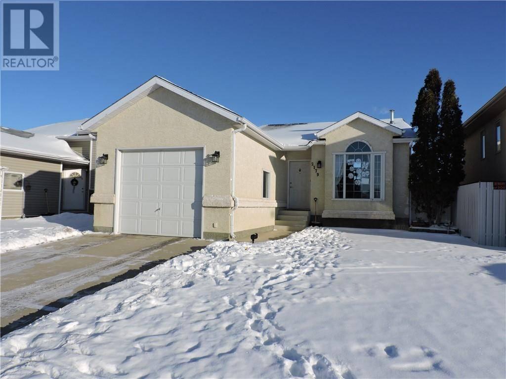 House for sale at 2179 Hawthorne Ave Ne Medicine Hat Alberta - MLS: mh0184985