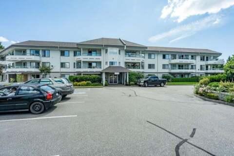 Condo for sale at 2451 Gladwin Rd Unit 218 Abbotsford British Columbia - MLS: R2490409