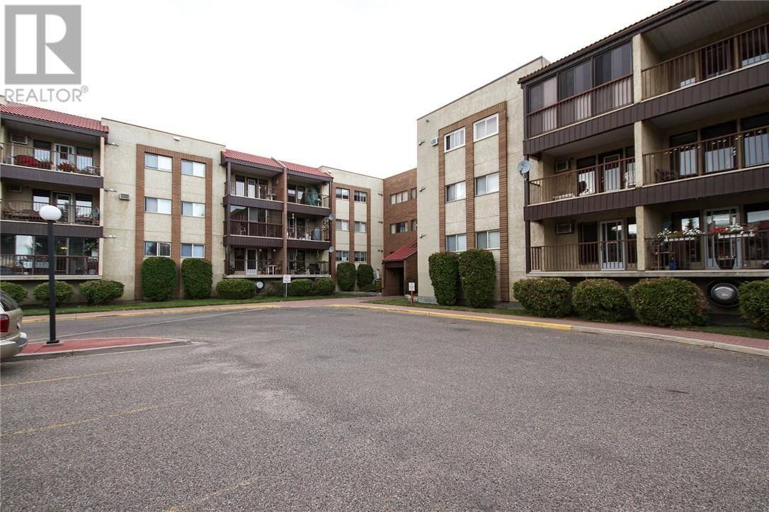 Condo for sale at 3090 15 Ave Se Unit 218 Medicine Hat Alberta - MLS: mh0180858