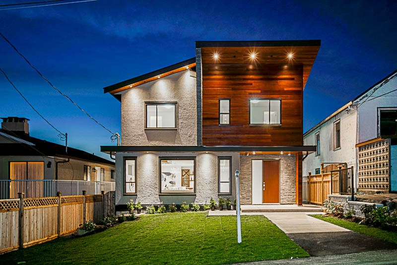 For Sale: 218 Allard Street, Coquitlam, BC | 6 Bed, 7 Bath House for $1,988,000. See 20 photos!