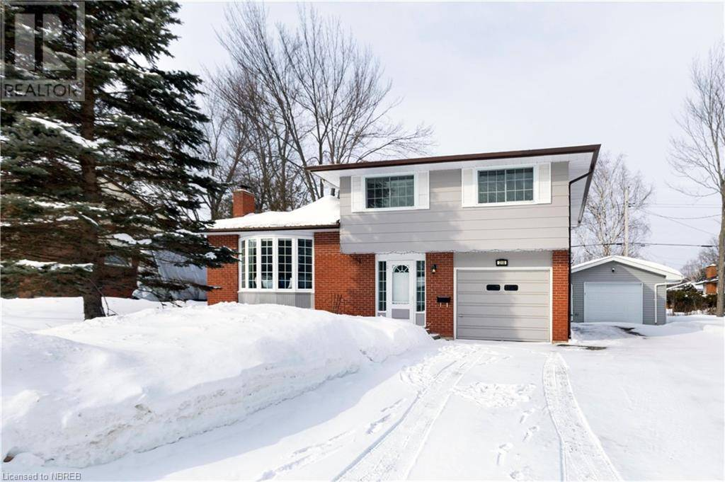 House for sale at 218 Ivanhoe Dr North Bay Ontario - MLS: 245086