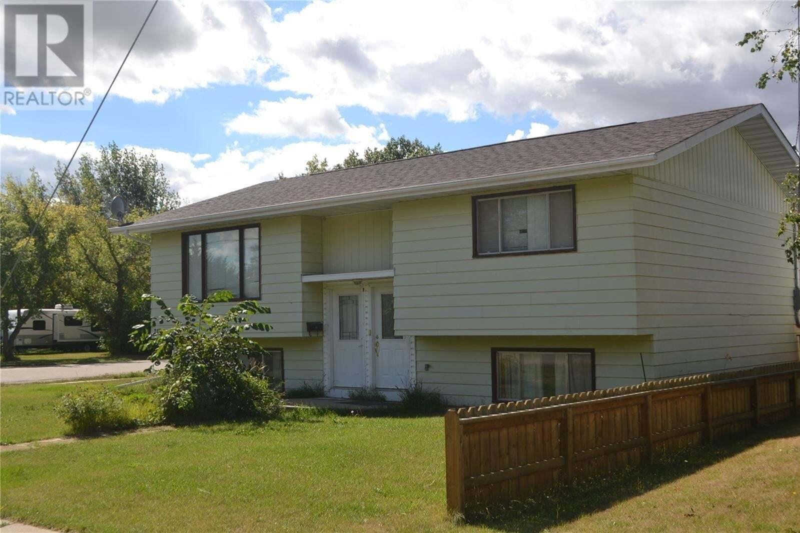 House for sale at 218 Park Ave Langham Saskatchewan - MLS: SK825801