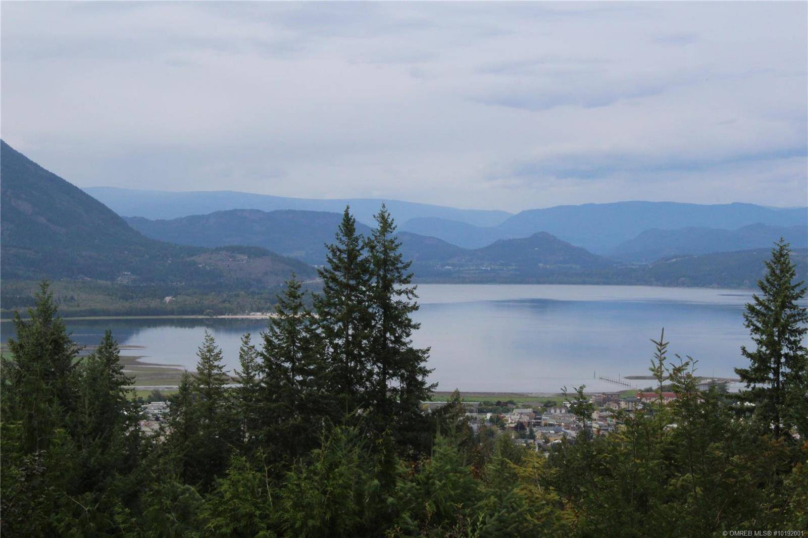 House for sale at 2181 9 St Southeast Salmon Arm British Columbia - MLS: 10192001