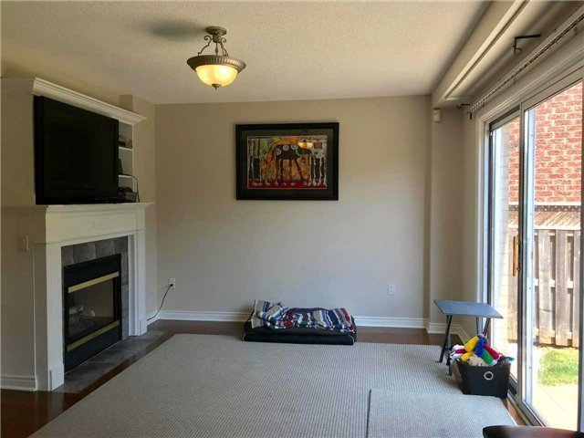 For Rent: 2181 Norfolk Drive, Oakville, ON   4 Bed, 4 Bath House for $3,499. See 19 photos!