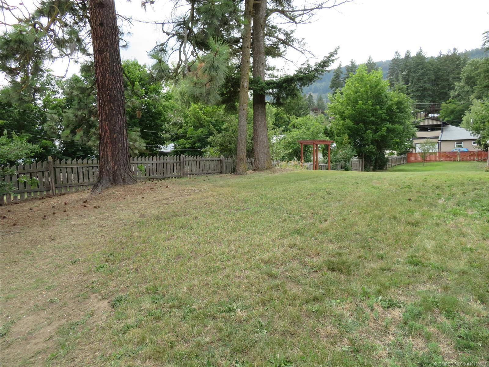 Home for sale at 2182 Park Ave Lumby British Columbia - MLS: 10189623