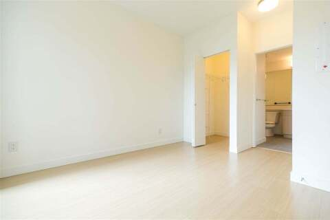 Condo for sale at 5460 Broadway  Unit 219 Burnaby British Columbia - MLS: R2458352