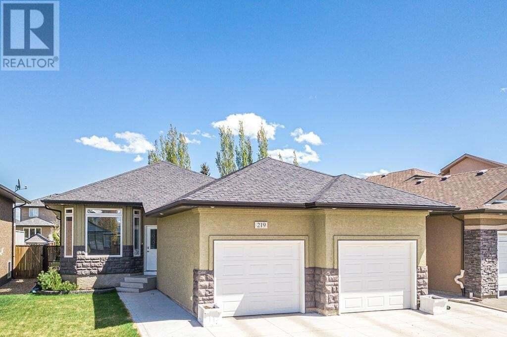 House for sale at 219 Bolton Cres Saskatoon Saskatchewan - MLS: SK809544