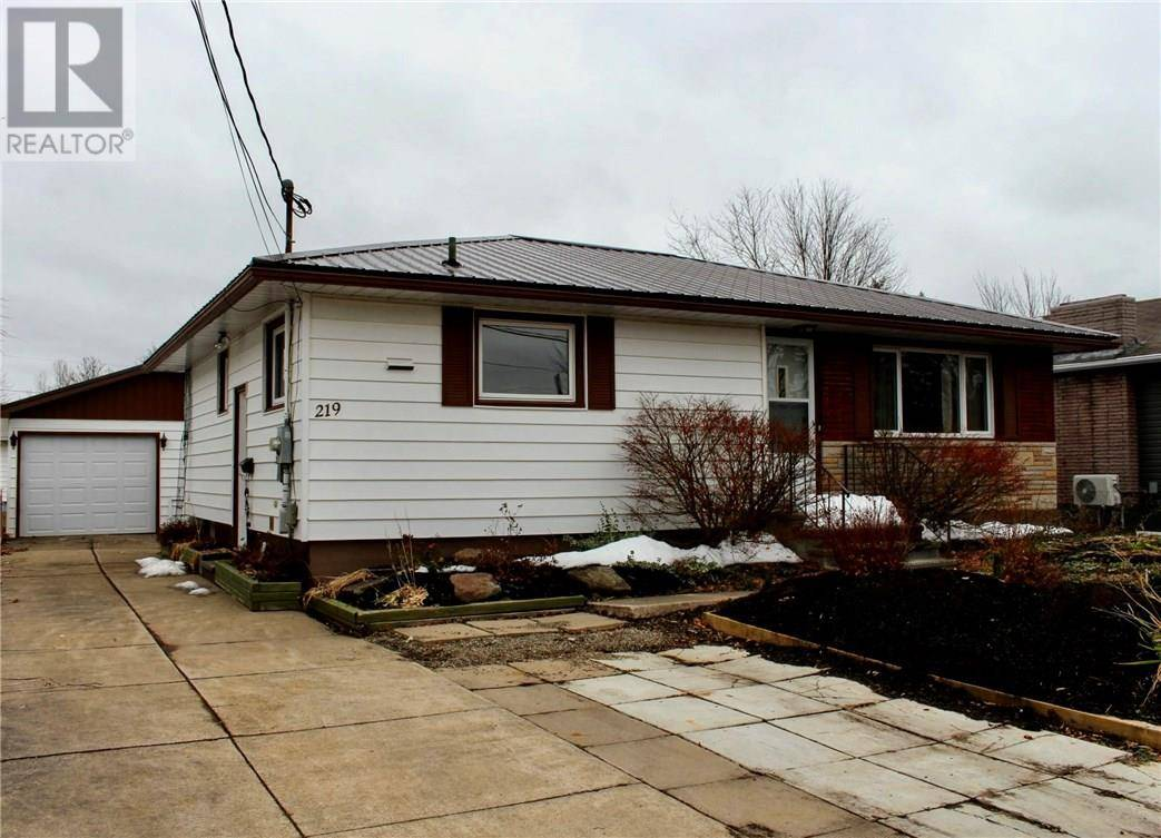 House for sale at 219 Cole Ave Moncton New Brunswick - MLS: M126371