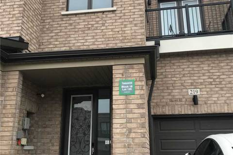 Townhouse for rent at 219 Elyse Ct Aurora Ontario - MLS: N4641908