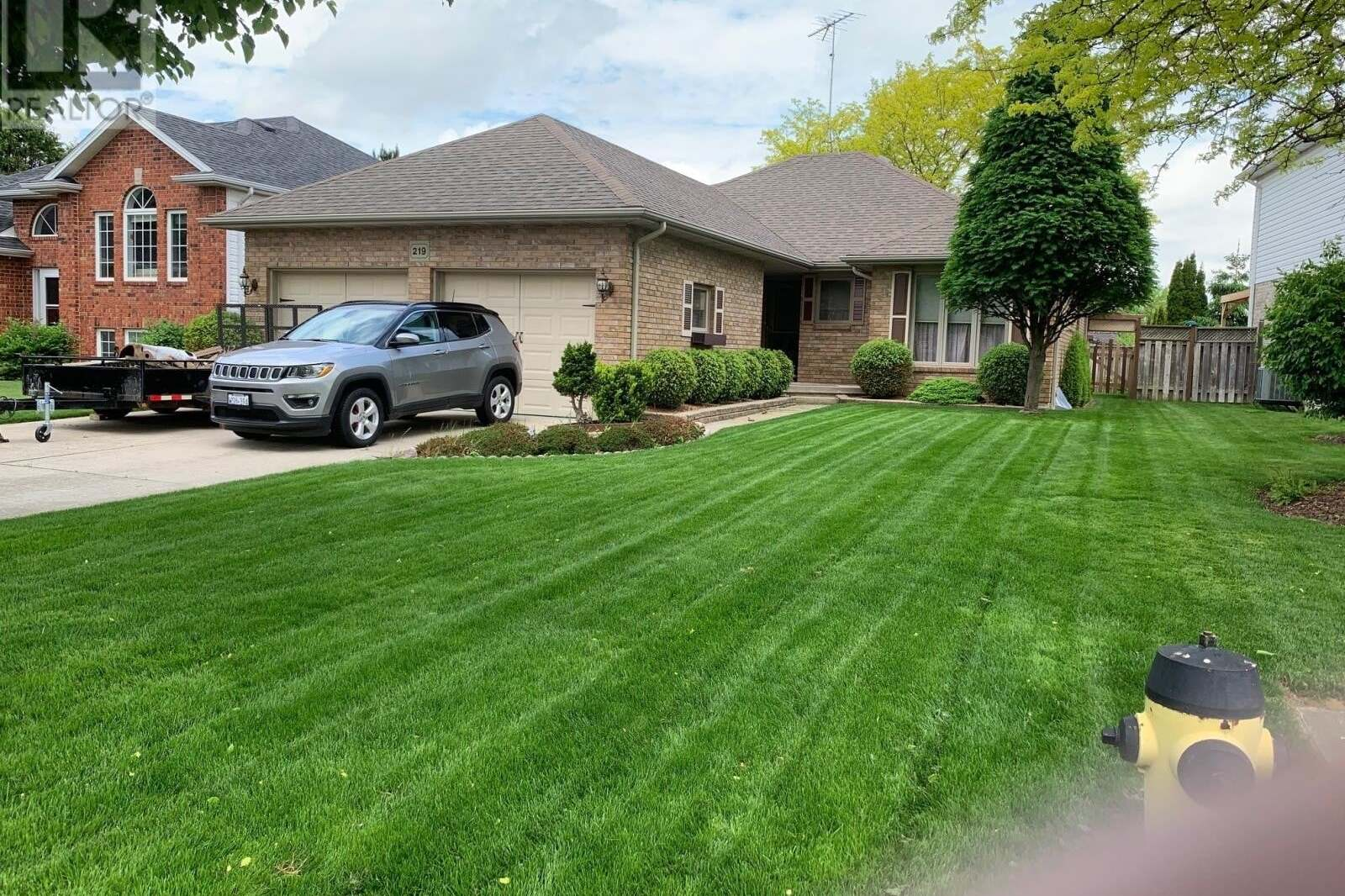 House for sale at 219 Valley Rd Chatham Ontario - MLS: 20005971