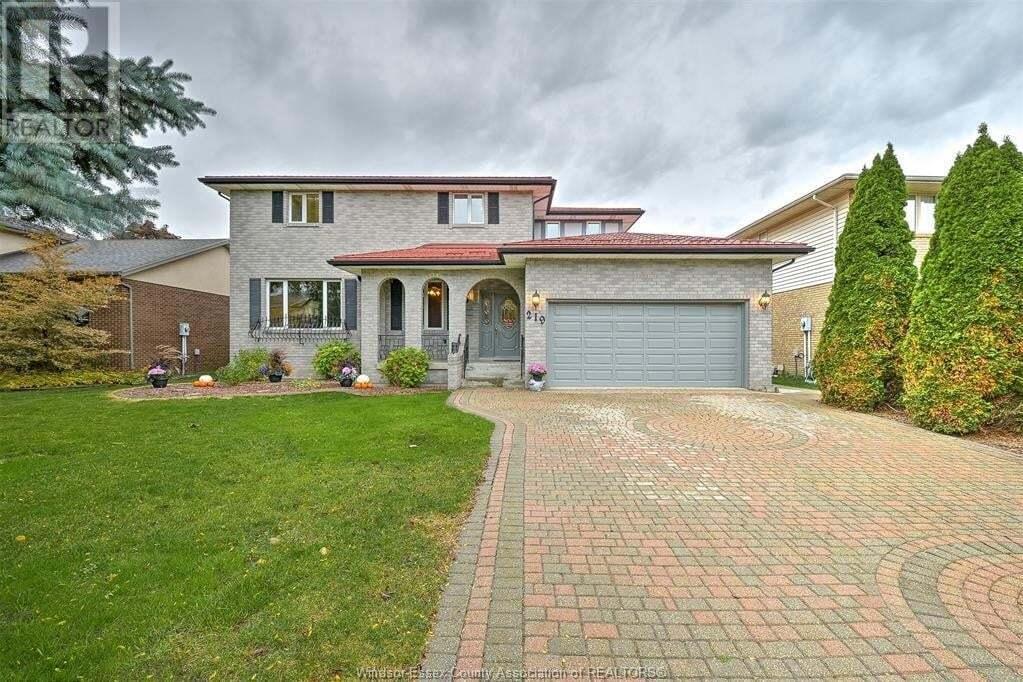 House for sale at 219 Wedgewood Ln Tecumseh Ontario - MLS: 20013847