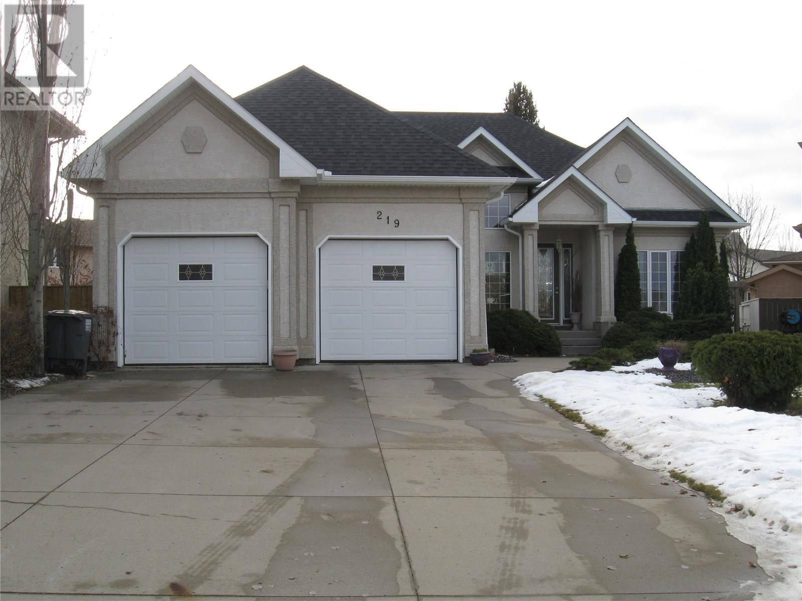 House for sale at 219 Wright Cres Saskatoon Saskatchewan - MLS: SK787664